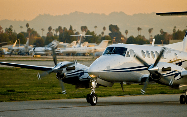 Private jet and aircraft charter listings for Los Angeles, San Diego, Palm Springs, Santa Barbara, Van Nuys and other Southern California airports.